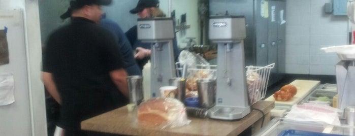 Just burgers is one of Lieux qui ont plu à Scott.