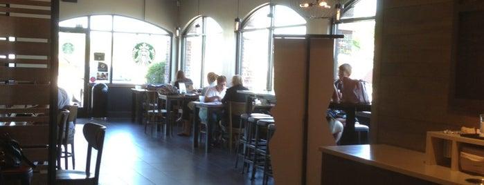Starbucks is one of Gespeicherte Orte von Sean.