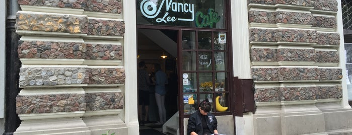 Nancy Lee is one of Warszawa veg.