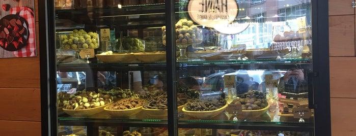 Hane Çikolata & Kahve is one of Tatlı.