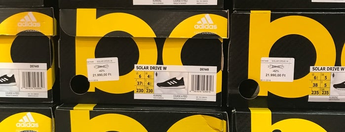 adidas Outlet is one of su dolgok.