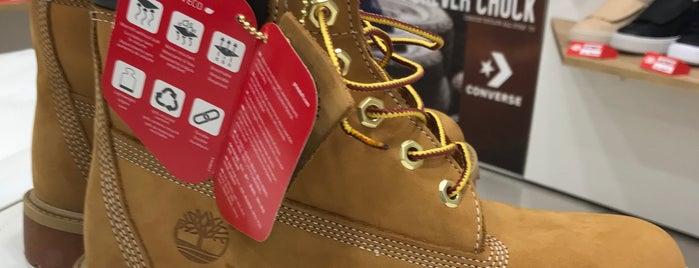 Office Shoes is one of Orte, die Attila gefallen.