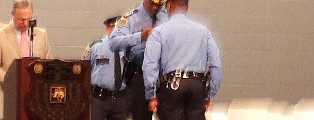 Houston Police Academy is one of Orte, die Gil gefallen.