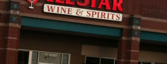 All Star Wine & Spirits is one of Locais curtidos por Vic.