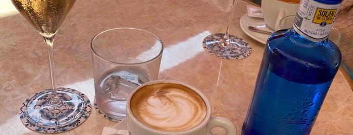 Hotel Cappuccino is one of Malle ist nur einmal im Jahr.