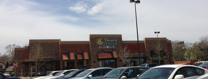 Panera Bread is one of Locais curtidos por Consta.