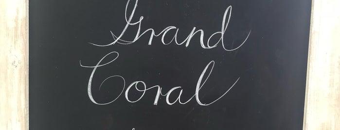 Beach Club Grand Coral is one of Posti che sono piaciuti a Fran.