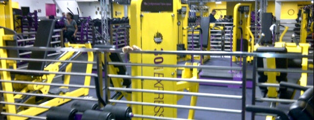 Planet Fitness is one of Locais curtidos por Jason.