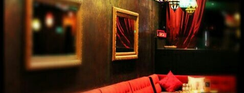 La Vie Lounge is one of Manhattan Favorites.