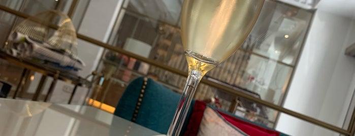 Bellini food & bar is one of Instagram pendientes.