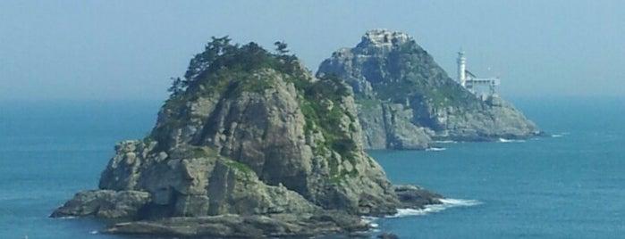 Oryukdo Sunrise Park is one of Busan.