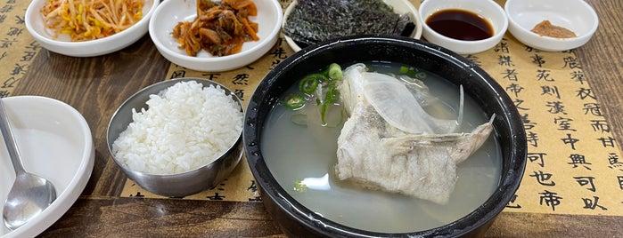 아저씨대구탕 is one of Busan.