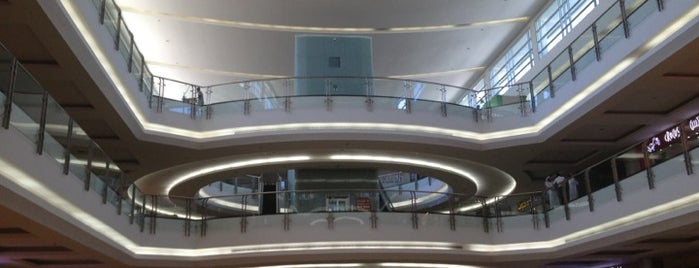 Al Qasr Mall is one of Where, When & Who List-1!.