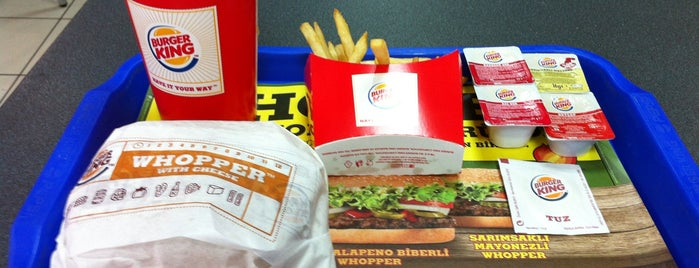 Burger King is one of Lugares favoritos de R. Gizem.