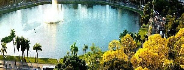 Parque Sólon de Lucena is one of compartilhar com amigos.