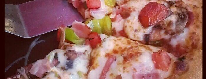 Pizza Hut is one of 💞Оксана💞'ın Beğendiği Mekanlar.