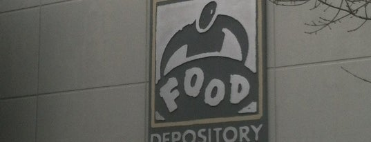 Greater Chicago Food Depository is one of Posti che sono piaciuti a Brittany.