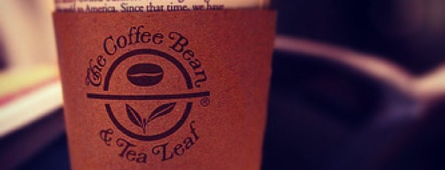 Coffee Bean & Tea Leaf is one of Locais salvos de Deep.