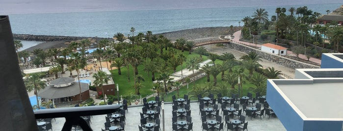 Riu Palace Tenerife is one of Orte, die Yunus gefallen.