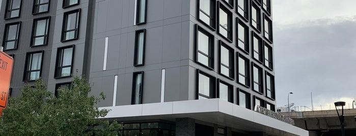 AC Hotel Downtown is one of Lieux qui ont plu à Karina.