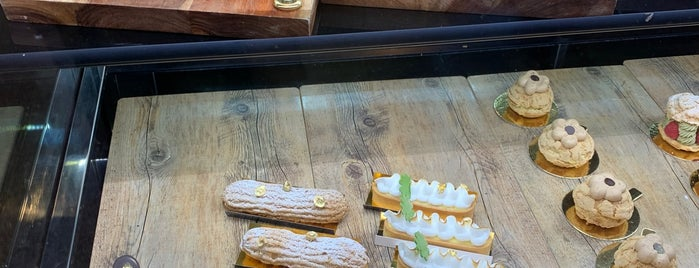 Récolte Artisan Bakery and Cafe is one of Want to try.