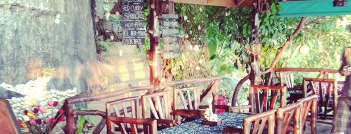 Diamond Cliff Beach Restaurant & Bar is one of Gespeicherte Orte von Jule.