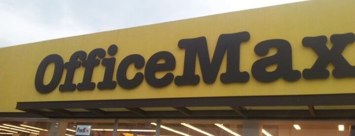 OfficeMax is one of Locais curtidos por Gil.