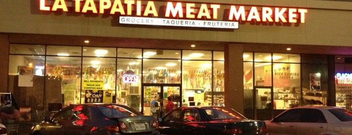 La Tapatia Meat Market is one of Tempat yang Disukai Zarahi.