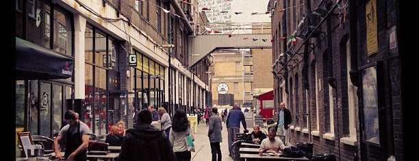 Brick Lane is one of London.