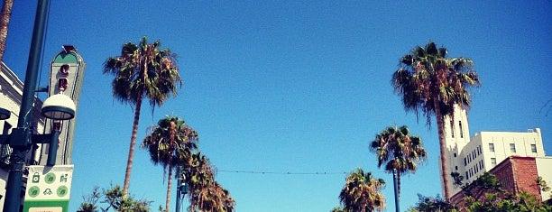 Third Street Promenade is one of Los Angeles.