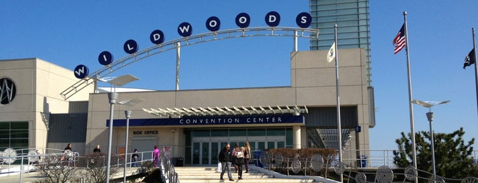 Wildwood's Convention Center is one of Cassie'nin Beğendiği Mekanlar.