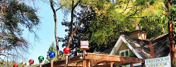 Treehouse Restaurant & Pub is one of Atlanta bucket list.