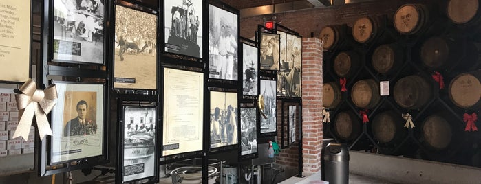 Papa's Pilar Rum Distillery, Hemingway Rum Company is one of Tempat yang Disukai Chris.