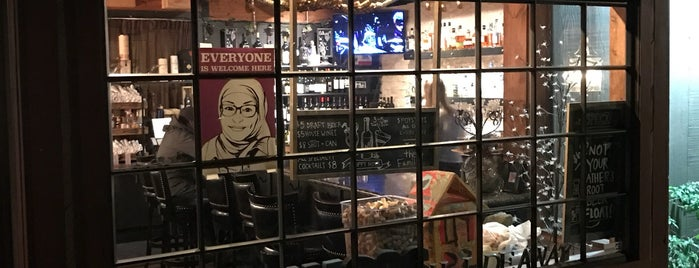 Nico S Hideaway Is One Of The 13 Best Italian Restaurants In Berkeley