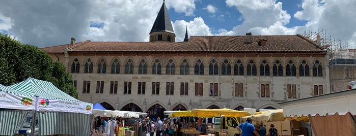 Marché de Cluny is one of Europe Favourites.