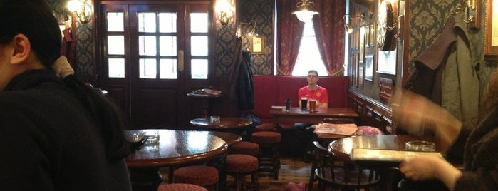 Pickwick Pub / Пиквик Паб is one of St Petersburg.