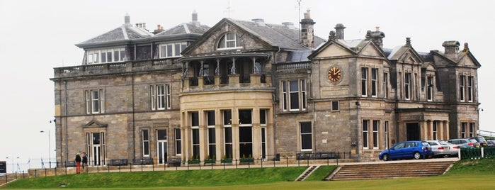 The Royal and Ancient Golf Club of St Andrews is one of Ko-fest.