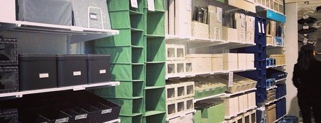 The Container Store is one of Posti che sono piaciuti a Alberto J S.