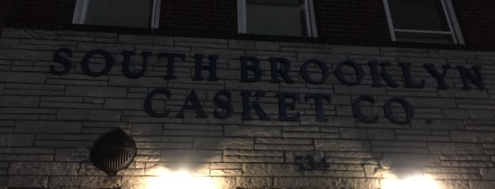 South Brooklyn Casket Co. is one of สถานที่ที่บันทึกไว้ของ Lynn.