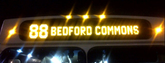Bedford Commons is one of Tempat yang Disukai Sarah.