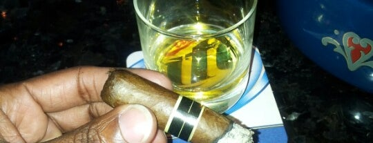 Stanley's Cigar Lounge is one of Drinks!.
