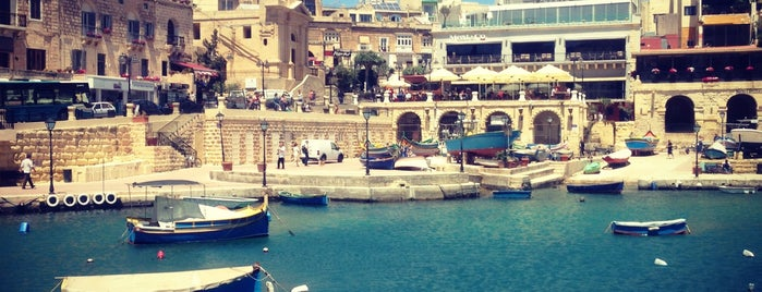 Spinola Bay is one of Malta ToDo.