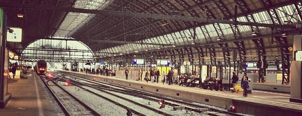 Stazione Amsterdam Centrale is one of Things to do in Europe 2013.
