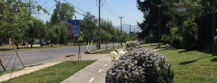 Ciclovía Padre Hurtado is one of Lugares favoritos de Marcela.