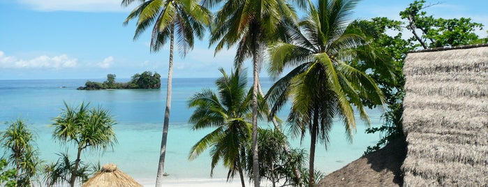 Misool Eco Resort (MER) is one of SOUTH EAST ASIA Island Hopping Resorts.