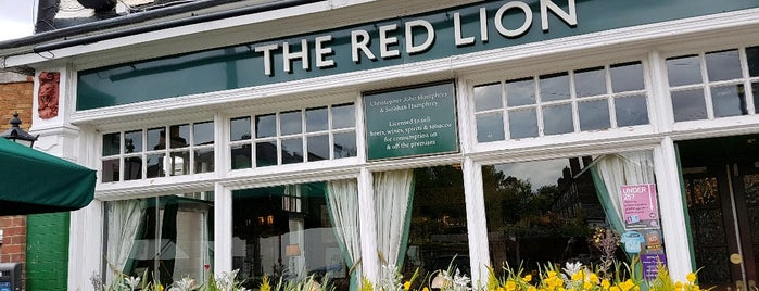 The Red Lion is one of Carl'ın Beğendiği Mekanlar.