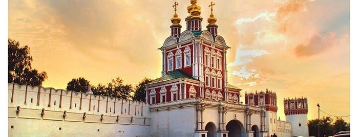 Novodevichy Convent is one of MosKoW.