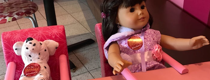 American Girl Bistro is one of Lieux qui ont plu à Carmen.