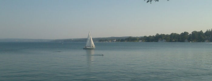 Skaneateles Lake is one of Posti che sono piaciuti a Emily.