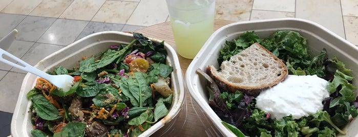sweetgreen is one of Linaさんの保存済みスポット.